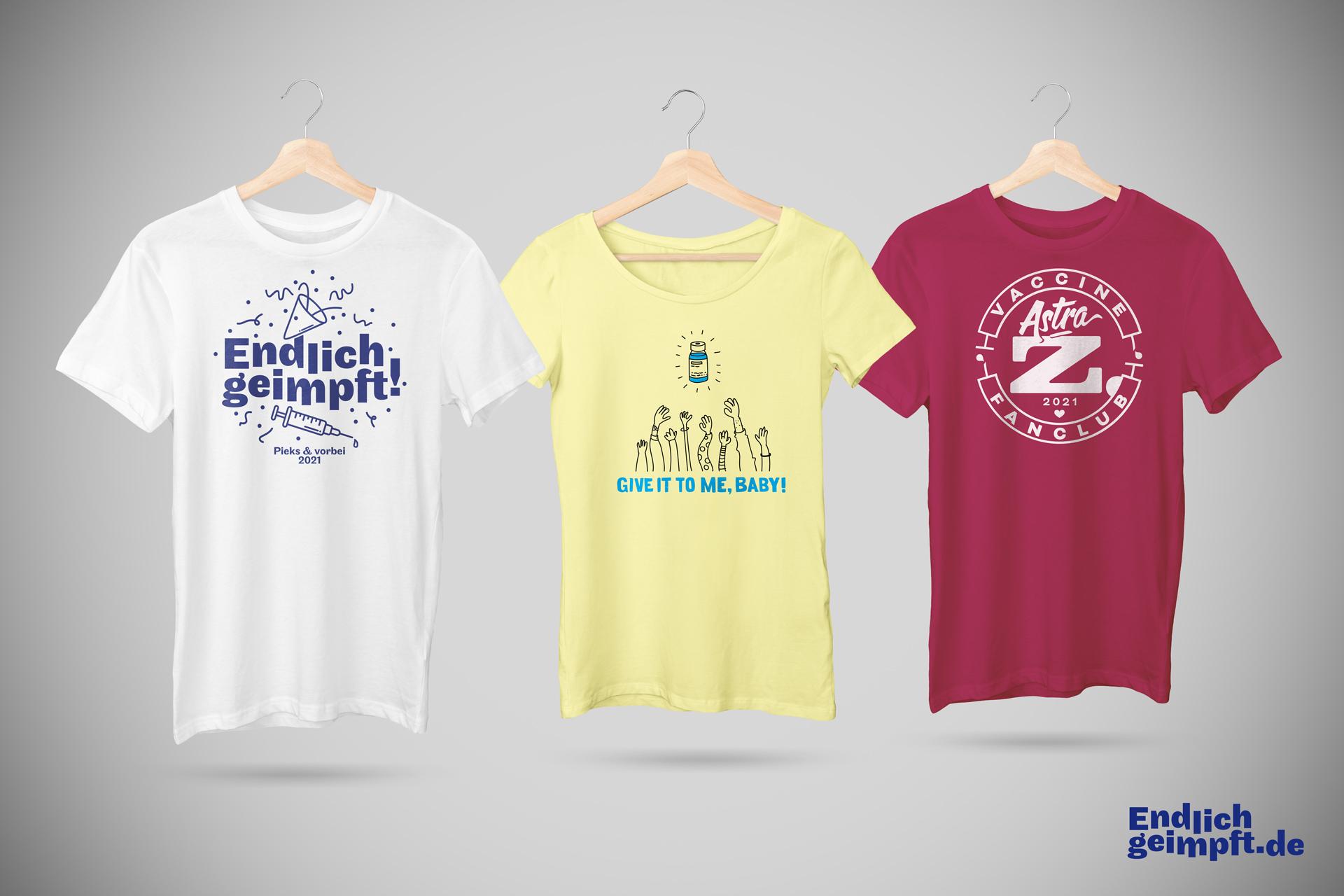 Mockup-Bild dreier T-Shirt mit positiven Impf-Motiven